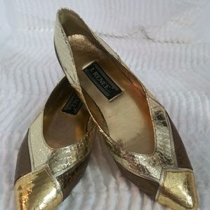 J. renee gold and copper flats